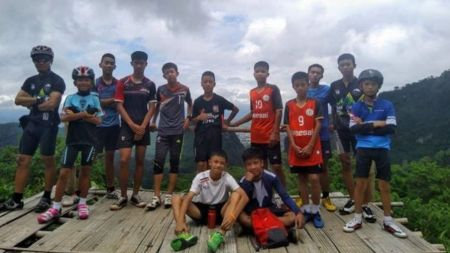 Wild-Boars-football-team